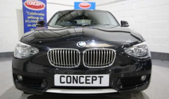 BMW 116i URBAN TURBO full