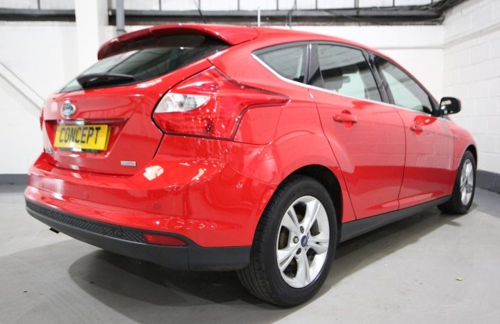 FORD FOCUS ZETEC TDCI full