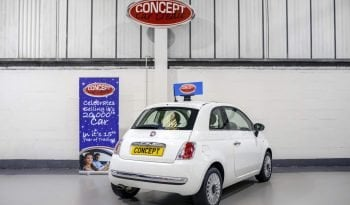 FIAT 500 LOUNGE RHD full