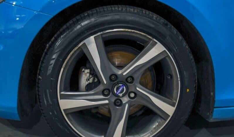 VOLVO V40 1.6 D2 R DESIGN 5d 113 BHP full
