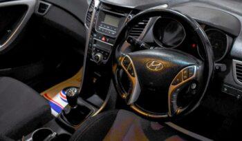 HYUNDAI I30 1.6 CRDI SE 5d 109 BHP full
