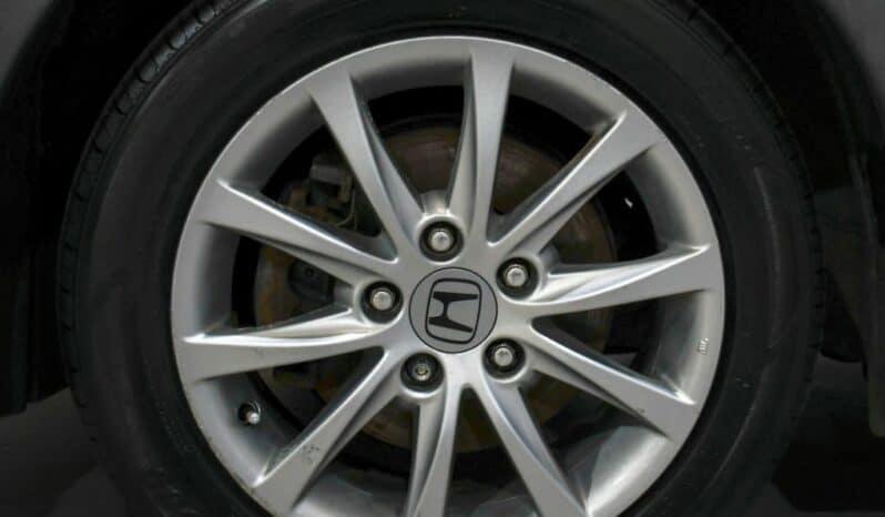 HONDA CIVIC 1.3 I VTEC SE 5d 98 BHP full